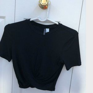 H and M crop tops